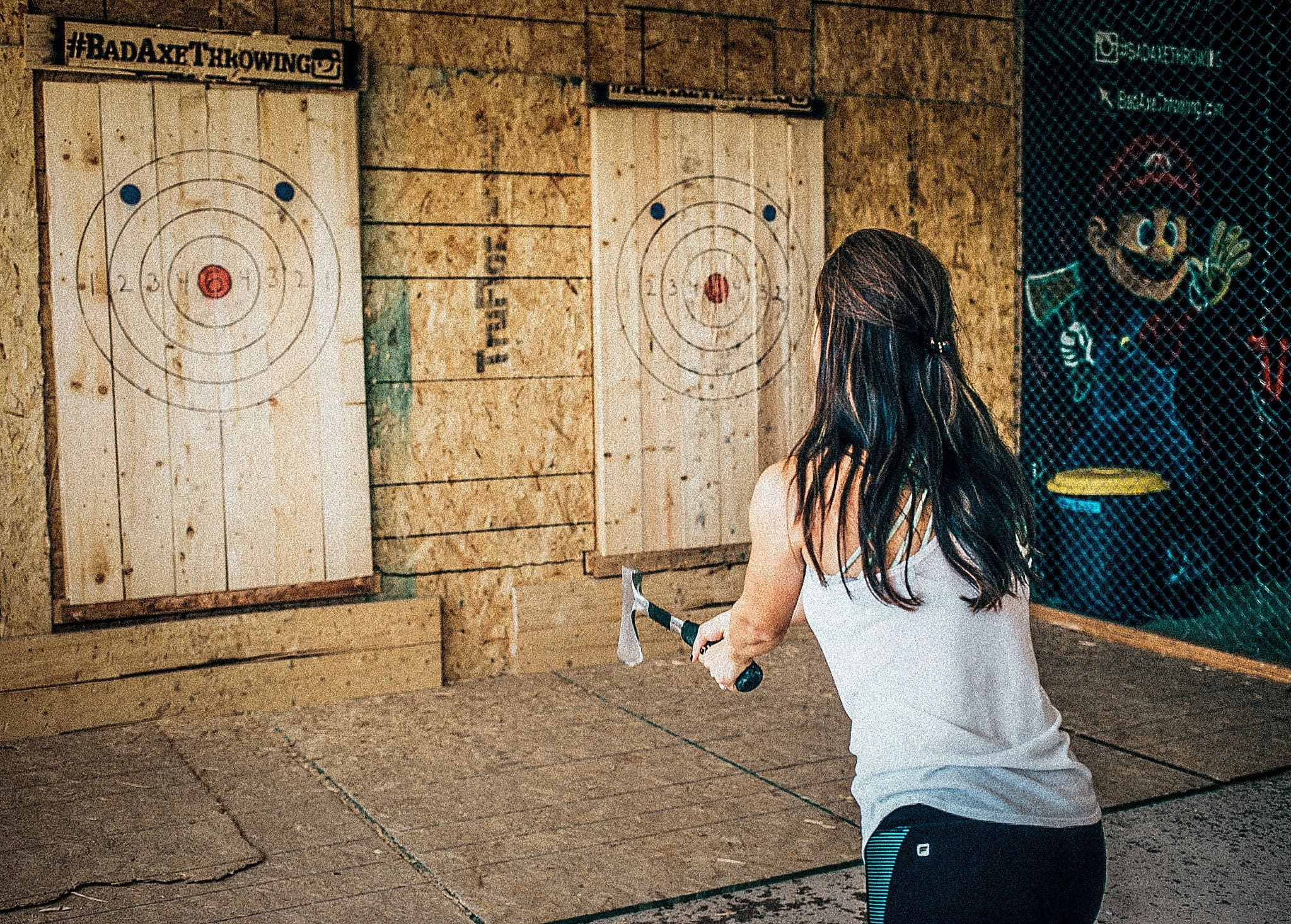 AX THROWING PARTY BUSINESS